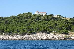 Chorvatsko Apartmány Vrgada Pokoje Vrgada Penziony Vrgada Soukromé ubytování Vrgada Pronájem plavidel Biograd dovolená CK Lotos